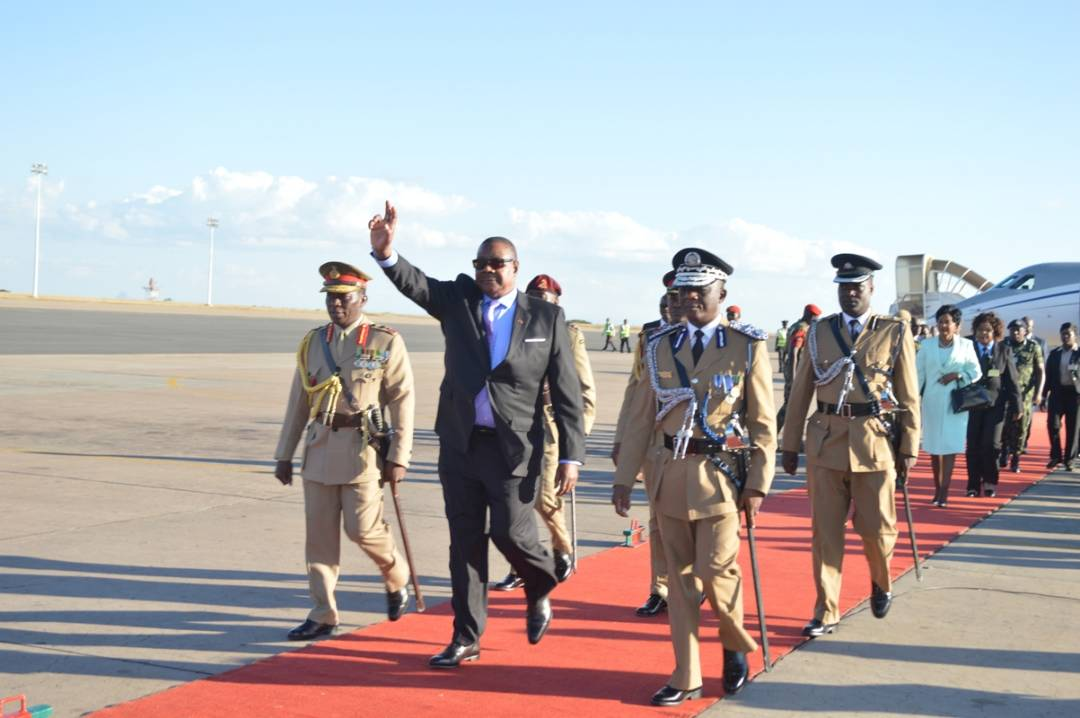 Mutharika jets in from CHOGM