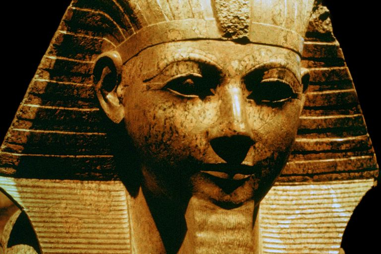 Women Rulers: Female Pharaohs of Ancient Egypt